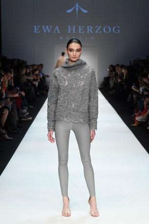 Ewa Herzog-Mercedes-Benz-Fashion-Week-Berlin-AW-18--38