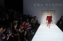 Ewa Herzog-Mercedes-Benz-Fashion-Week-Berlin-AW-18--59
