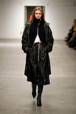 ODEEH-Mercedes-Benz-Fashion-Week-Berlin-AW-18--50