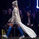 Am Samstagabend dem 17. Februar 2018 präsentierten die Absolventen des Studiengangs Mode Design (B.A.) derAMDBerlinim WECCWESTHAFEN EVENT & CONVENTION CENTER