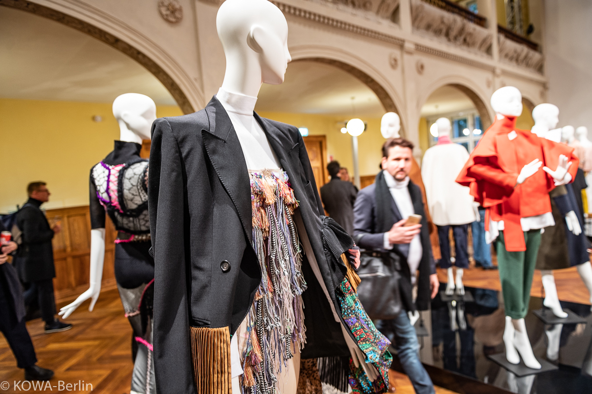 Vogue Salon Herbst Winter 2019 MBFW - Jung-Designer braucht das Land!