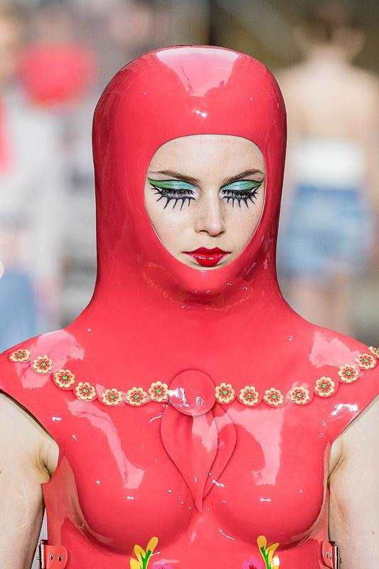 GNTM 2019 in Outfits von Marina Hoermanseder