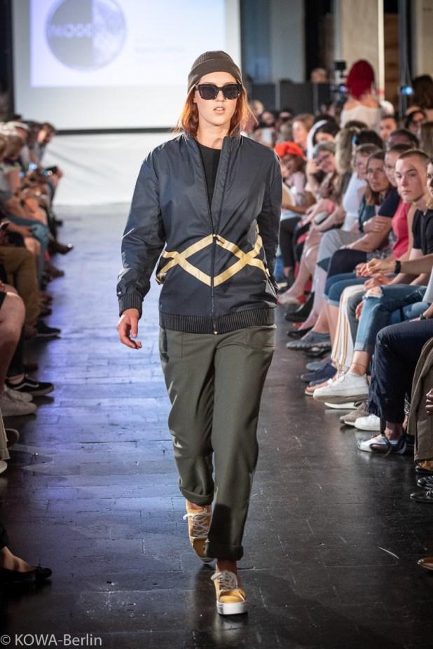 Juliane Kohlsdorf -Konstruktive Modeschule Berlin-Abschlussmodenschau 2019