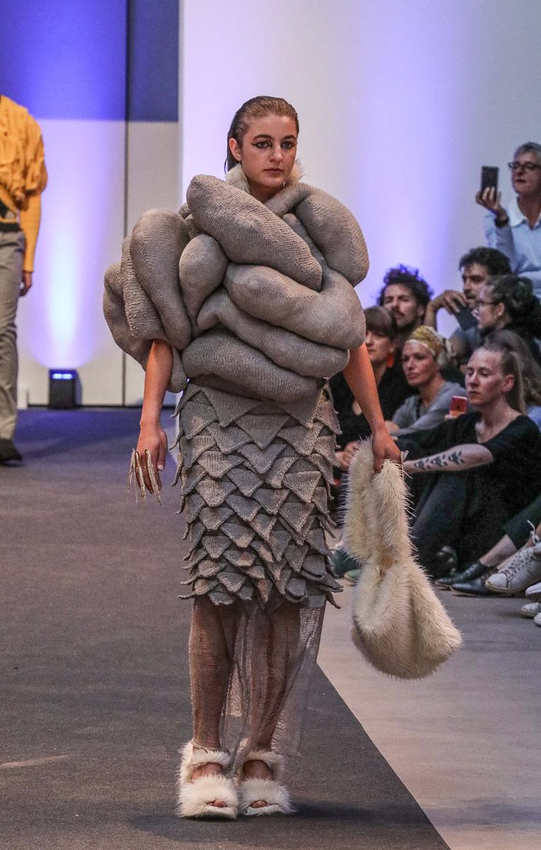 CREATURE Fashionshow - HTW Berlin 4. Semester Modenschau