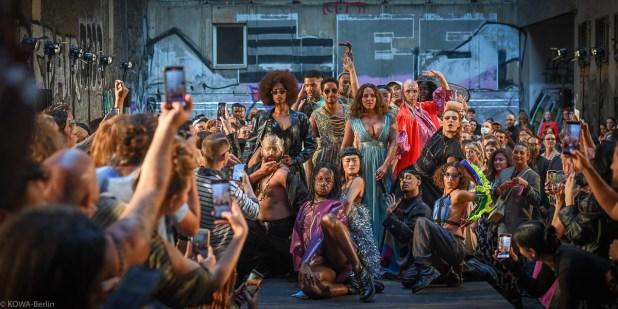 PLATTE.BERLIN Opening - MBFW Berlin Frühjahr Sommer 2022 - Ballroom Show