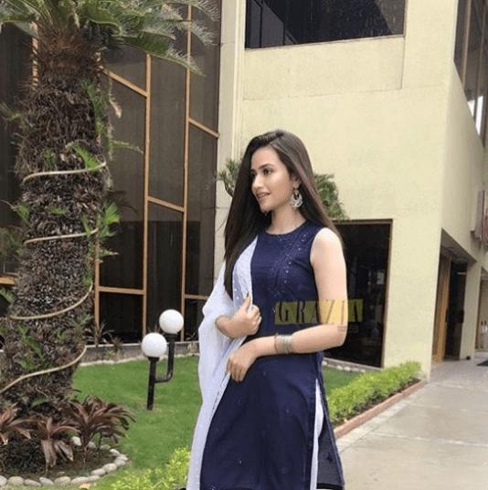 Gorgeous Look Of Sana Javed On Eid Pakistani Drama Celebrities