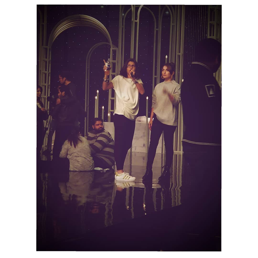 Awesome Photos of Ayeza Khan and her Daughter Hoorain in Gym