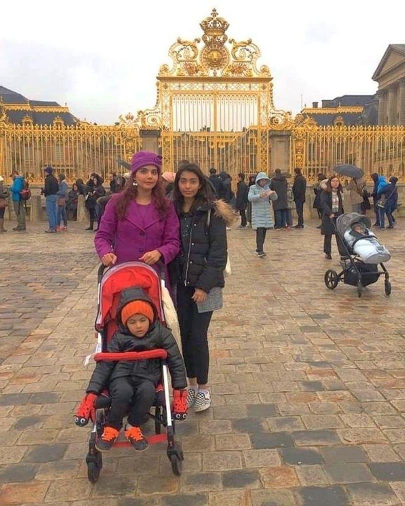 Nida Yasir With Her Kids Having Fun in France