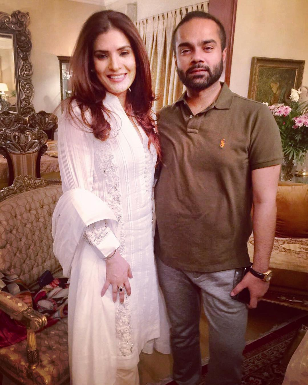 Famous Singer Rahat Fateh Ali Khan Celebrating his Birthday with his Wife and Actress Resham