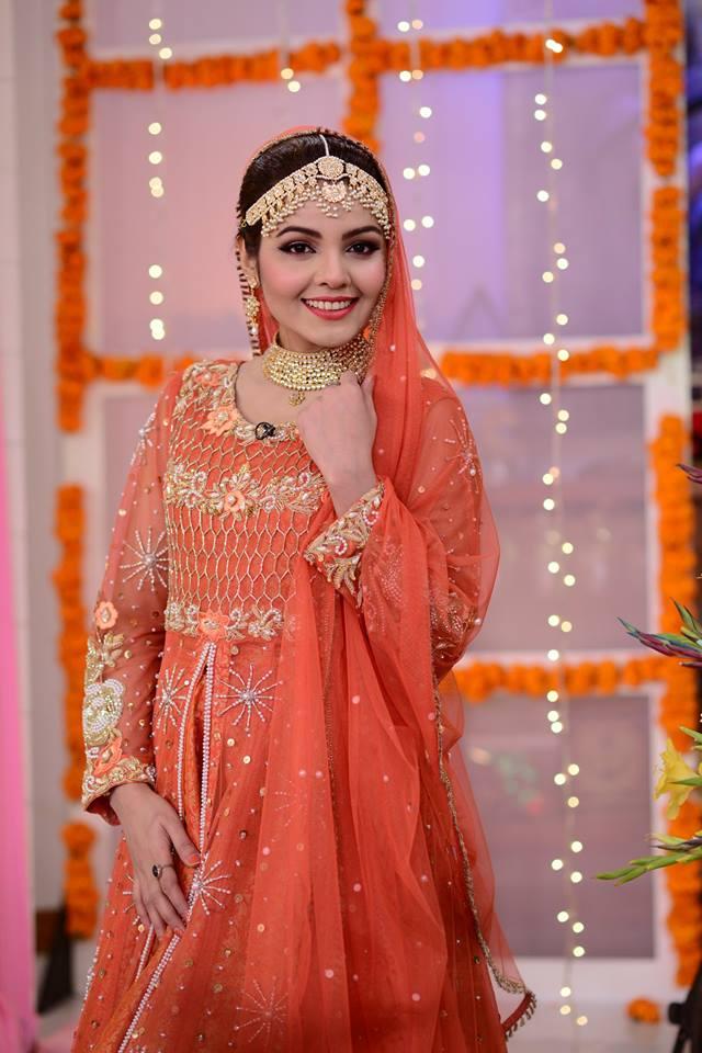 Actress Esha Noor Wedding In Nida Yasir Morning Show Pakistani Drama Celebrities