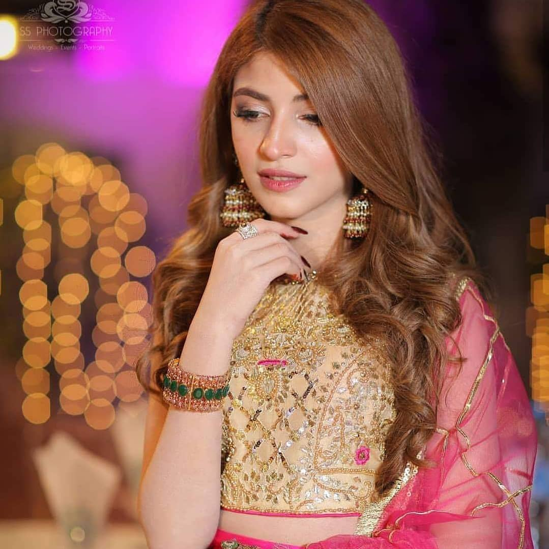 Beautiful Kinza Hashmi At Salman Faisal Mehndi Pakistani