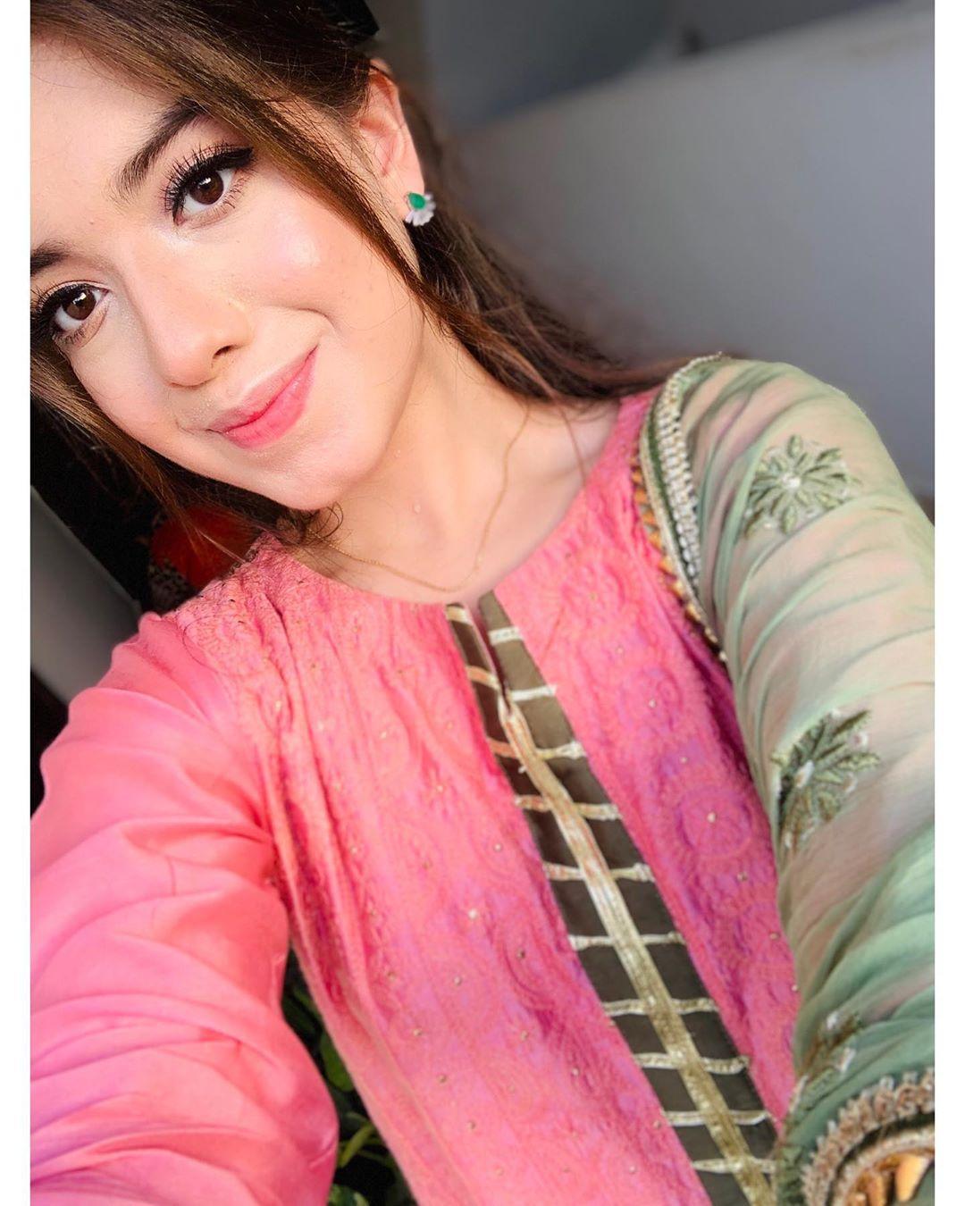 Beautiful Eid Pictures Of Actress Arisha Razi Pakistani Drama Celebrities