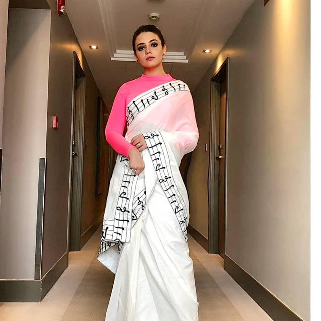 Beautiful Zara Noor Abbas Durring Promotion Of Her Film
