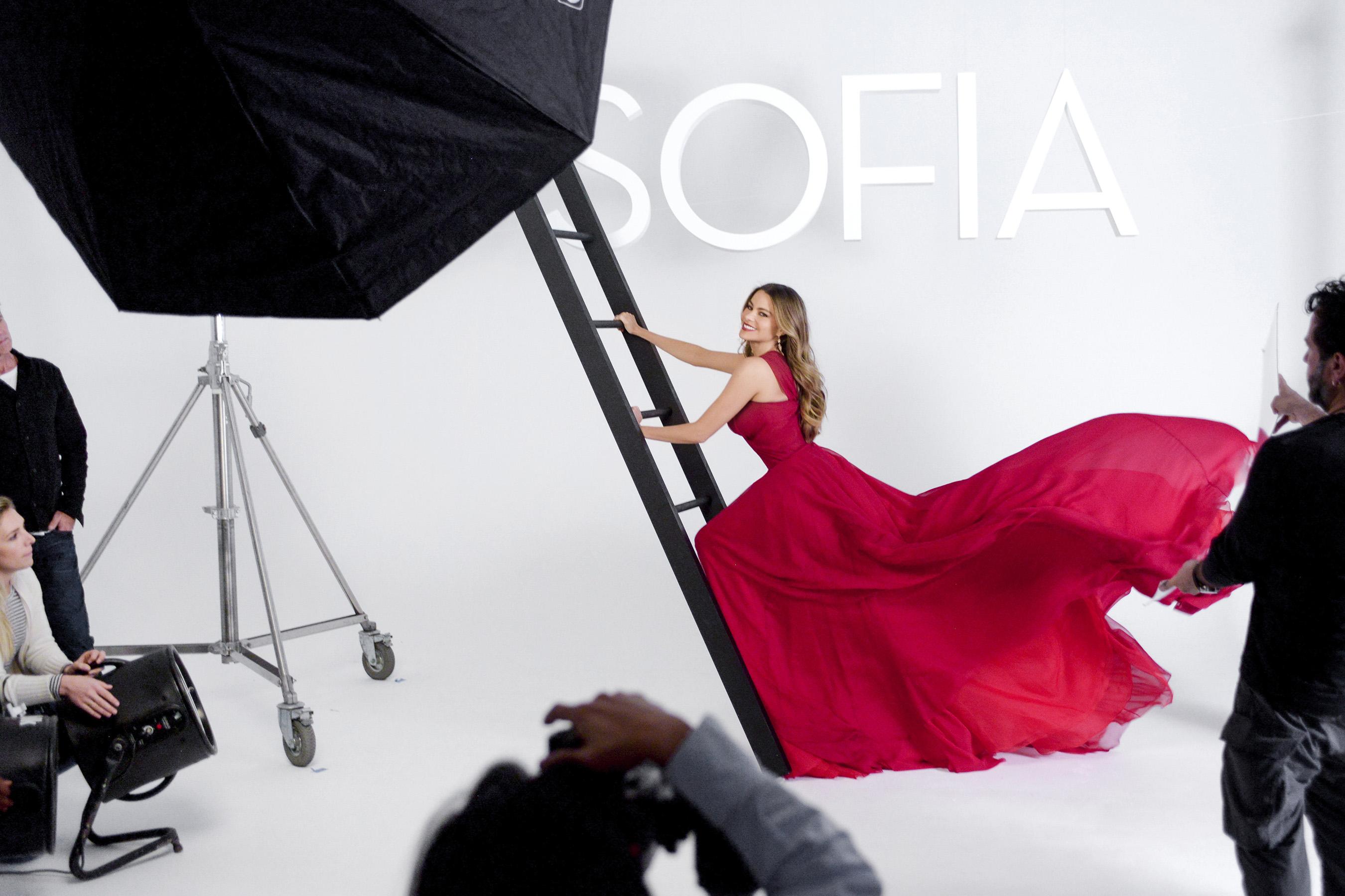 SOFIA Vergara y Avon anuncian nueva fragancia