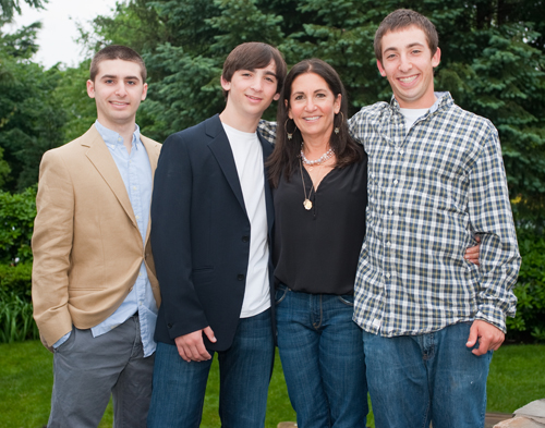 Bobbi-and-her-boys
