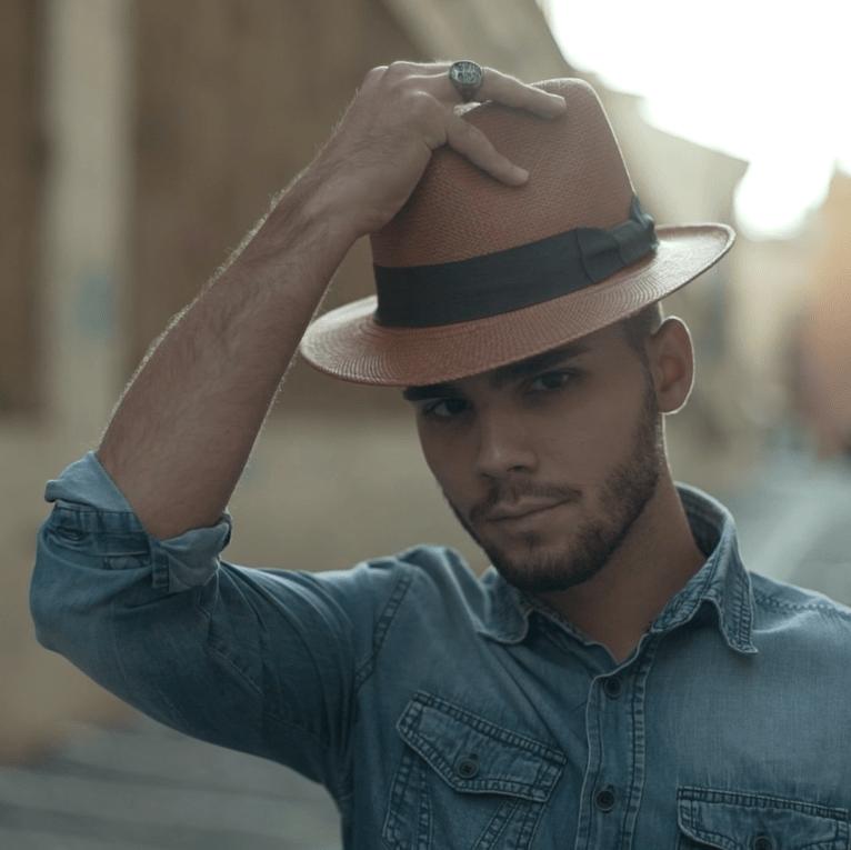 El sombrero Panamá: Conoce los secretos del accesorio que no envejece