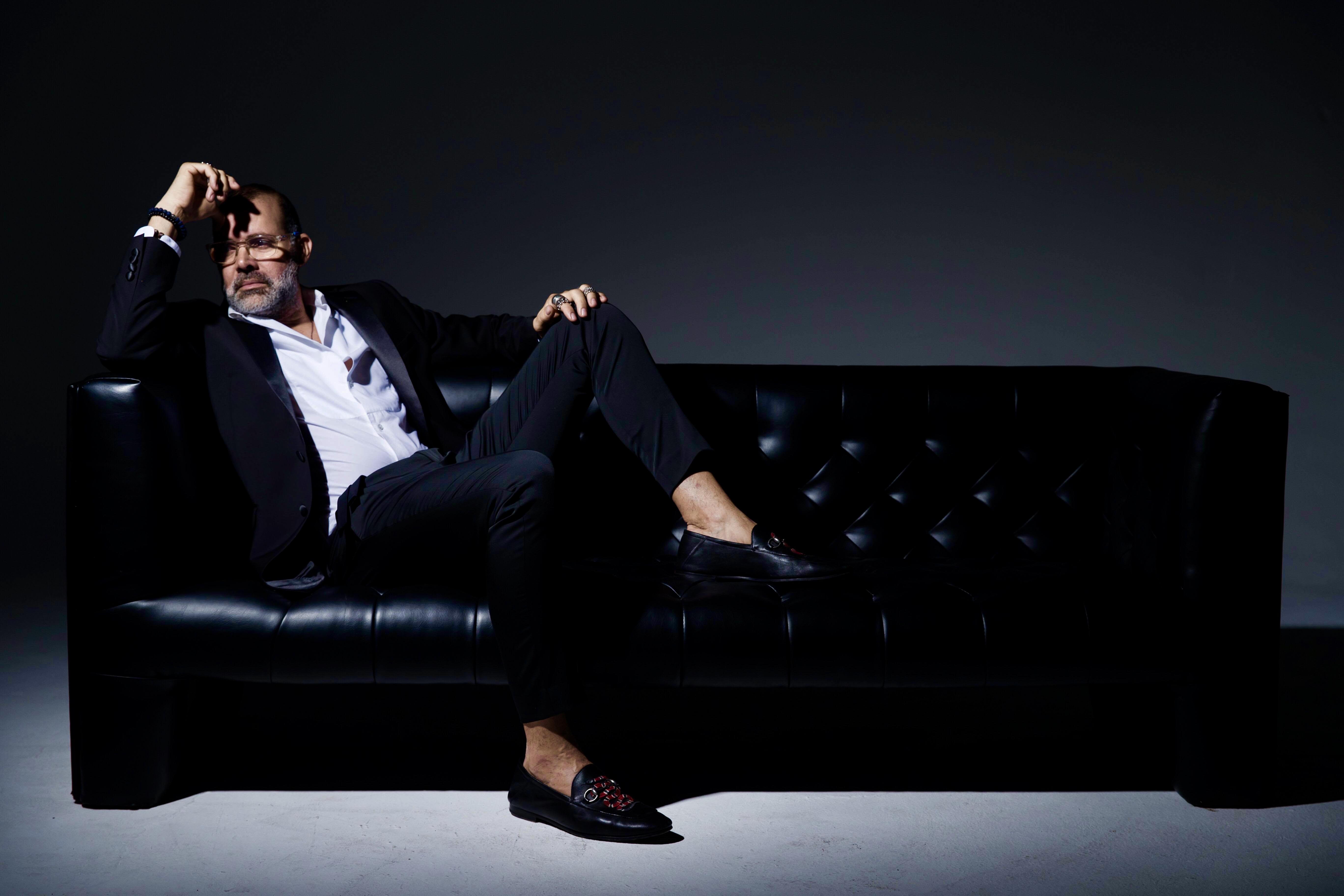 David Antonio vive con la ilusión del primer día sus 35 años en la moda