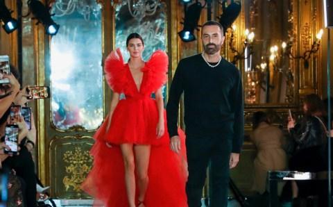 Giambattista Valli presenta en Roma su colección para la marca sueca H&M