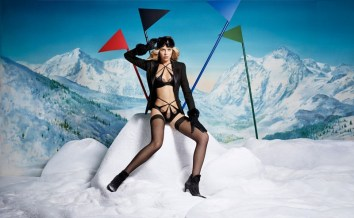 Agent-Provocateur-ad-advertisement-campaign-holiday-2015-the-impression-07