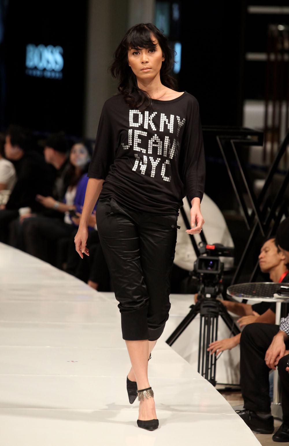 Jakarta Fashion Week 2009/10 - Day 6 - THE CHOSEN ONES