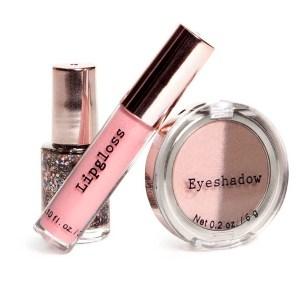 HM Makeup kit_$6.95