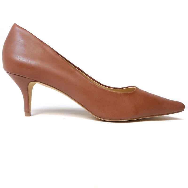 Barefoot Tess pump