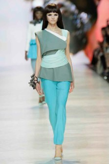 Bowen Quan Yucen Wavy Tang Grad 2014 (3)