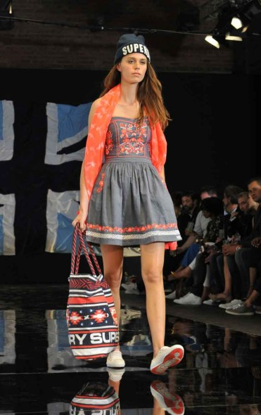 Superdry S15 (26)
