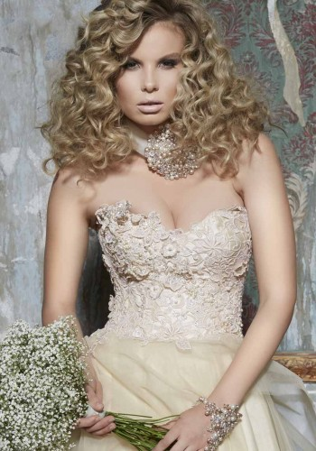 Runway Hair for Brides (5)