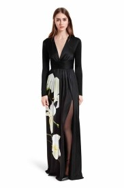 Eveningwear has never been more effortless or elegant. This striking orchid print dress needs no accessorizing, with just a sleek pair of heels to complete the look. LOOK 15 Maxi Dress in Black Orchid Print, $69.99** Ankle Strap Shoe in Black, $39.99* *TARGET.COM EXCLUSIVE ** AVAILABLE GLOBALLY ON NET-A-PORTER.COM