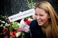 Kipling Make Happy Campaign (3)