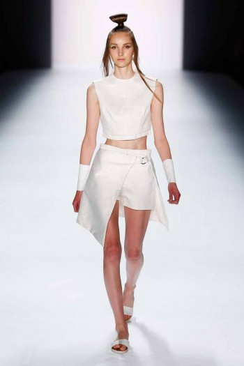 Pearly Wong Show - Mercedes-Benz Fashion Week Berlin Spring/Summer 2016