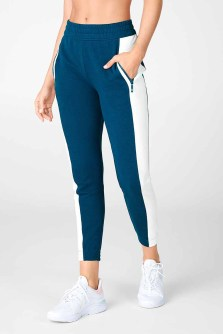 Fabletics Life on the Go