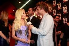 Cássio Reis interviews Donatella Versace