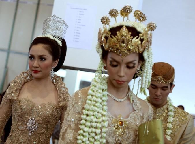 Jakarta Fashion Week Backstage