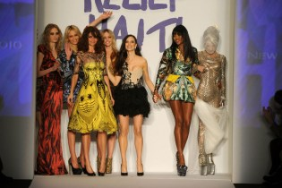 Helena Christensen (3rd L), Georgina Chapman (3rd R), Naomi Campbell (2nd R) and Daphne Guinness