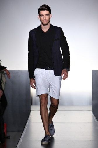 NumberLab__SS2012_Runway_021