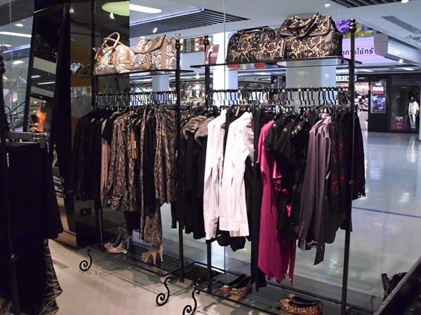 I Love Fashion Store Opens In Bangkok Fashionwindows Network
