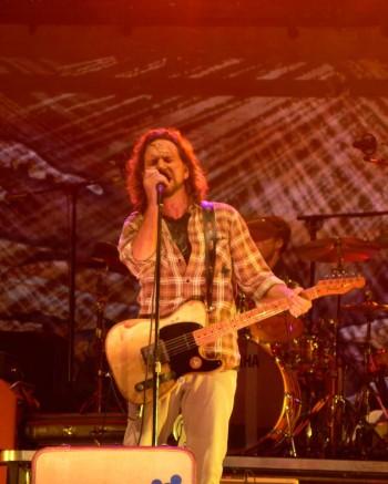 Eddie Veder on stage