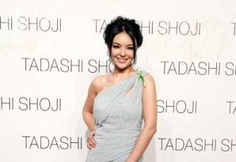 Singer Apple Hong
