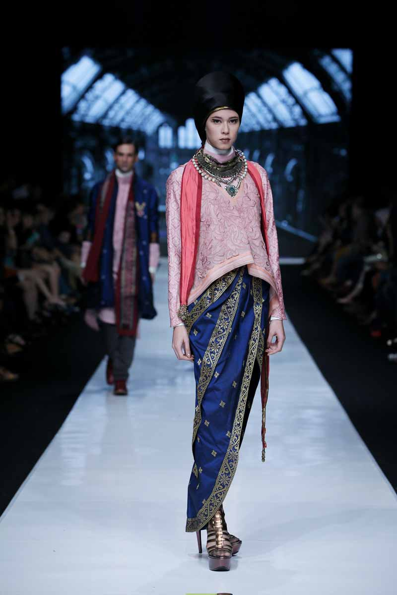 2014 Fashion Trends For Teens 2014 2015: Jakarta Fashion Week 2014: Deden Siswanto At The Moslem