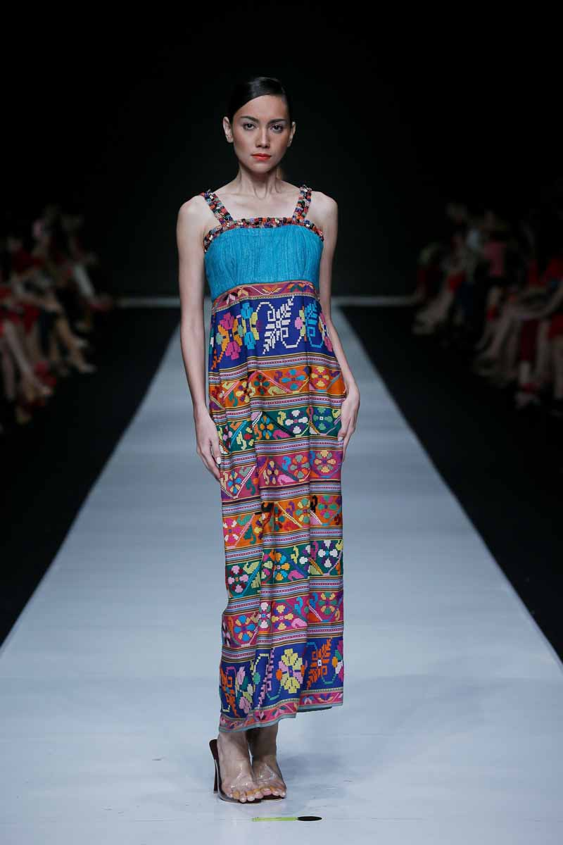La Passeggiata Mo  Analisi also Play Toy Killer Bride Aka Bride In Kill furthermore Benedict Cumberbatch Stars On The Cover Of Time Magazine likewise Shop Floral Dresses Like Nicole Kidman Heidi Klum as well Beauty Of Indonesia Widjita. on oscar oasis in the city