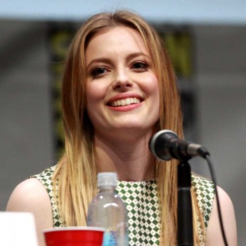 Gillian_Jacobs_by_Gage_Skidmore_800