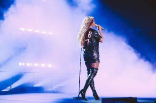 beyonce in givenchy (2)
