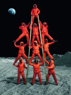 Moncler FW 14-15 by Annie Leibovitz_Tower
