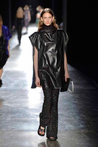 Christopher Kane Spring Summer 2018 Ready-to-Wear London Fashion Week Copyright Catwalking.com 'One Time Only' Publication Editorial Use Only
