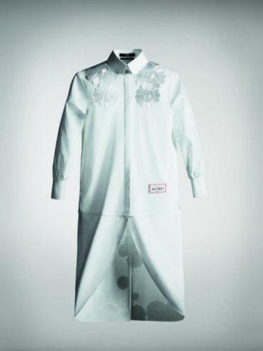 White-Shirt_Takashi-Murakami_Exclusively-Karl.com-Farfetch.com-1-e1568747740319-9999x700