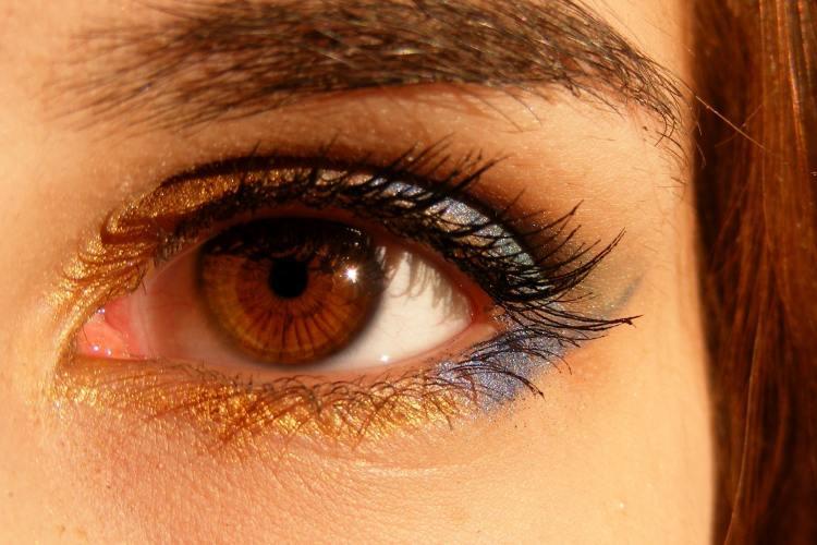 Que color de sombras usar según el color de ojos