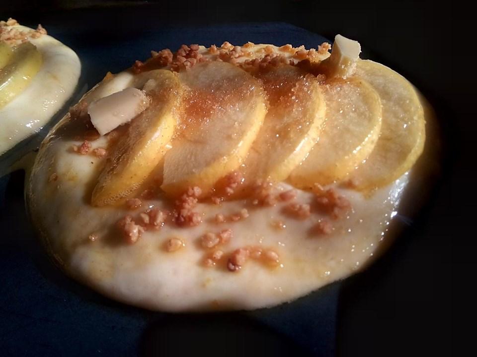 Apple Brioche Tarts with cinnamon and bron sugar
