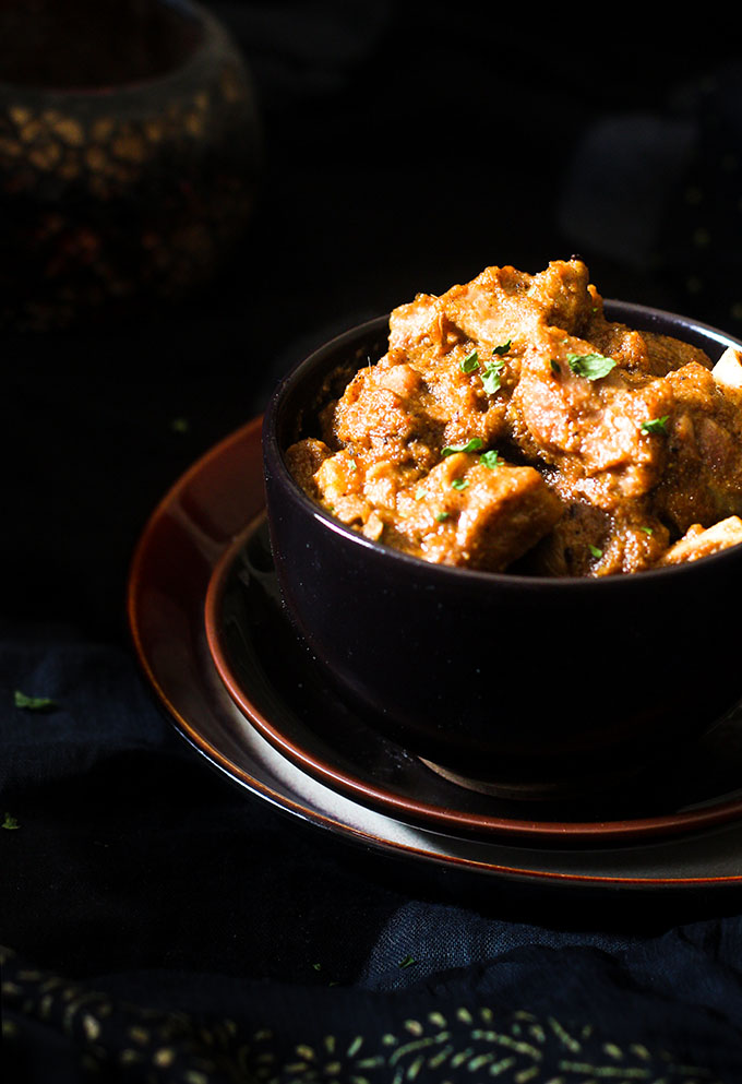 Mutton Rogan josh Recipe, How to make rogan josh  Mutton Rogan josh recipe is an aromatic lamb dish from the Persian cuisine, and as well as the Kashmiri cuisine.   History has it that the mutton rogan josh recipe was brought to India by the Mughals who would frequent Kashmir for it's beauty.
